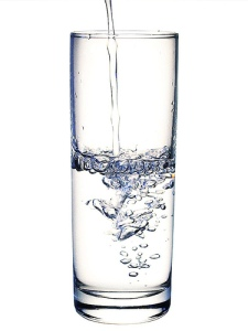 Doctors estimate that we need to drink around 8 glasses of water a day